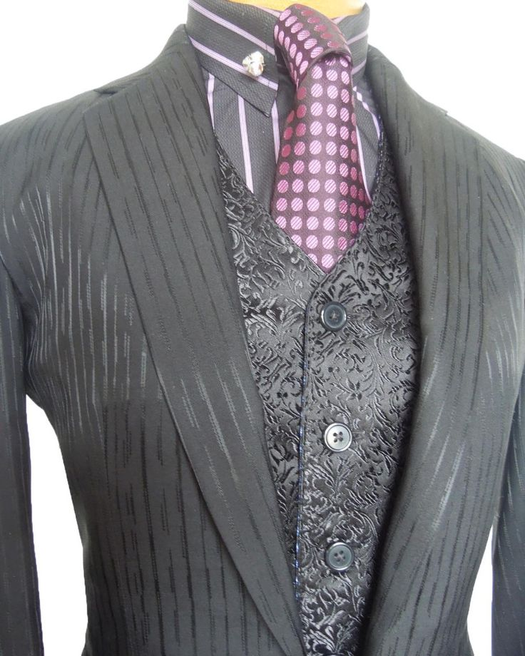 English Riding Clothes... I think I would change up the shirt and tie but the little vest and over jacket I love