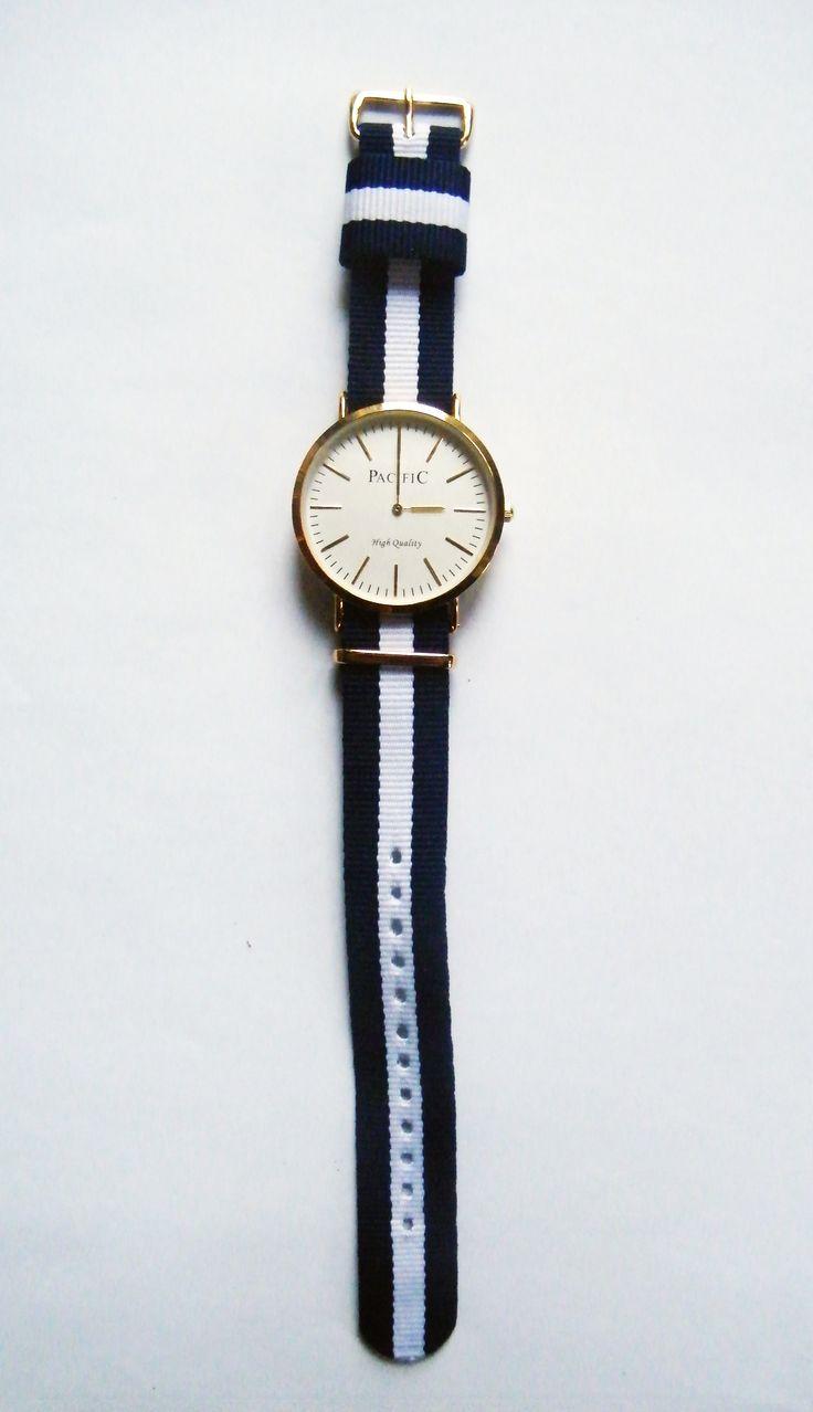 Zegarki damskie, zegarki męskie wskazówkowe Pacific - 93 zł // Watches for men, watches for women #watch #christmas