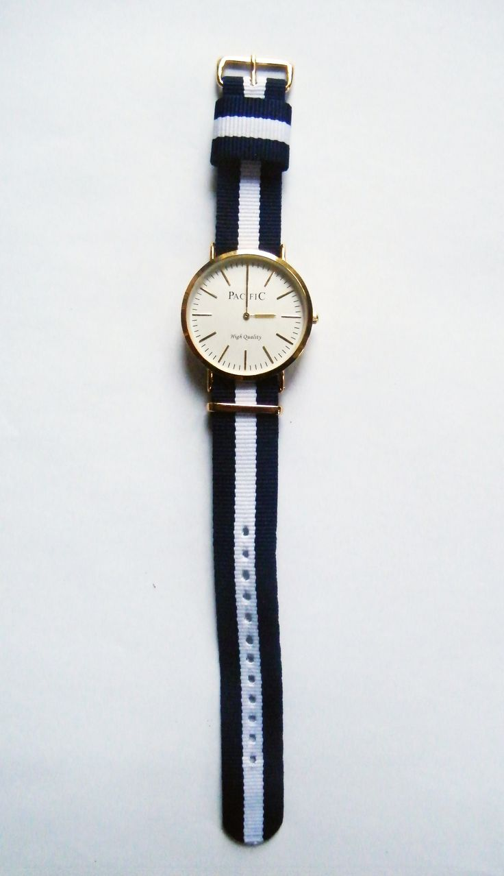 Zegarki damskie, zegarki męskie wskazówkowe Pacific - 93 zł // Watches for men, watches for women #watch #christmas