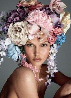 gorgeous colorsKarliekloss, Fashion, Italian Vogue, Steven Meisel, Floral Headpiece, Flower Power, Karlie Kloss, Headpieces, Carboxylic Block