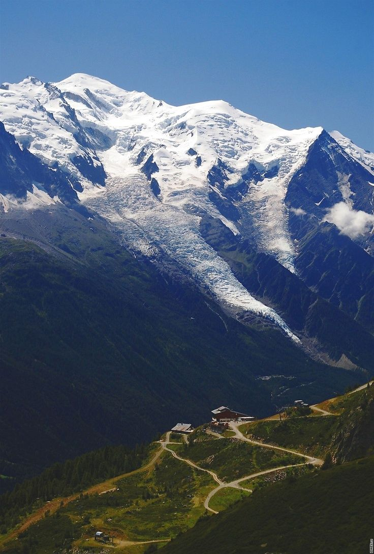 Experience the Tour du Mont Blanc this Summer with Alpenwild - Guided hassle-free tours!