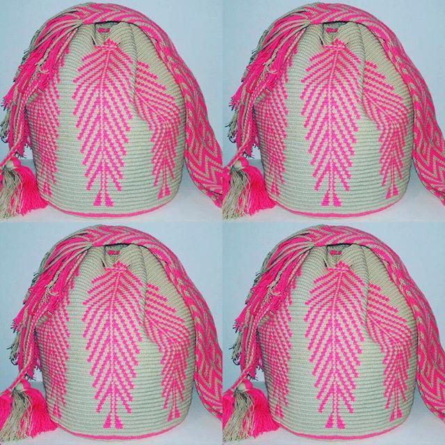 Inspiration #instablogger #wayuubag #itbag #fashionblogger #outfit #outfitoftheday #stylediaries #streetstyleluxe #fashiondaily #streetstyle #fashionaddict #inspiration #lookoftheday #fashiondiaries #fashiongram #santamonica #bali #resort #beach #cali #barranquillla #medellin #styleblogger #bikini #musthave