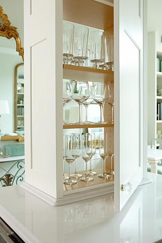 sarah richardson sarah 101 condo brass emerald mint kitchen detail- love the glass area and how it separates the space