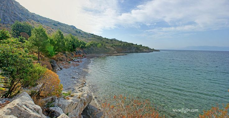 Neraki beach, a small pebble beach along the trail from #Arvanitia to #Karathona that is only accessible on foot or by bicycle. #Nafplio, #Greece