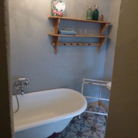 1000 idee n over badkamer kroonluchter op pinterest badkuipen kroonluchters en badkuipen - Kroonluchter voor marokkaanse woonkamer ...