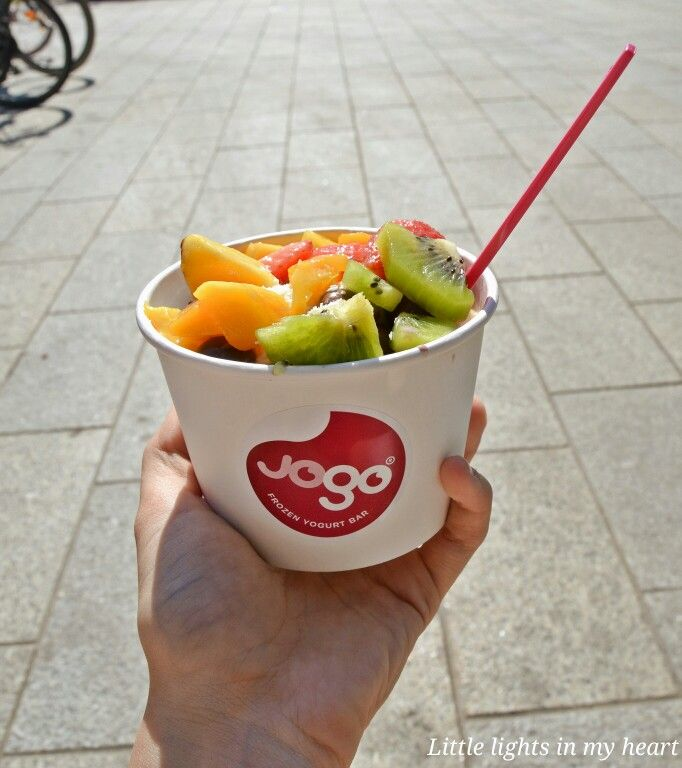 Froyo and fruits moments-bytiia.blogspot.fi