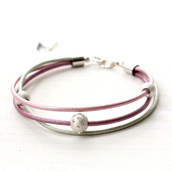 Hey, I found this really awesome Etsy listing at https://www.etsy.com/listing/226632363/leather-bracelet-pastel-pink-metallic