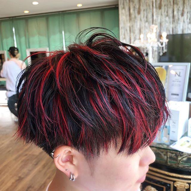 マッシュレイヤー 赤メッシュ 美容師 美容室 十日市場 Y21
