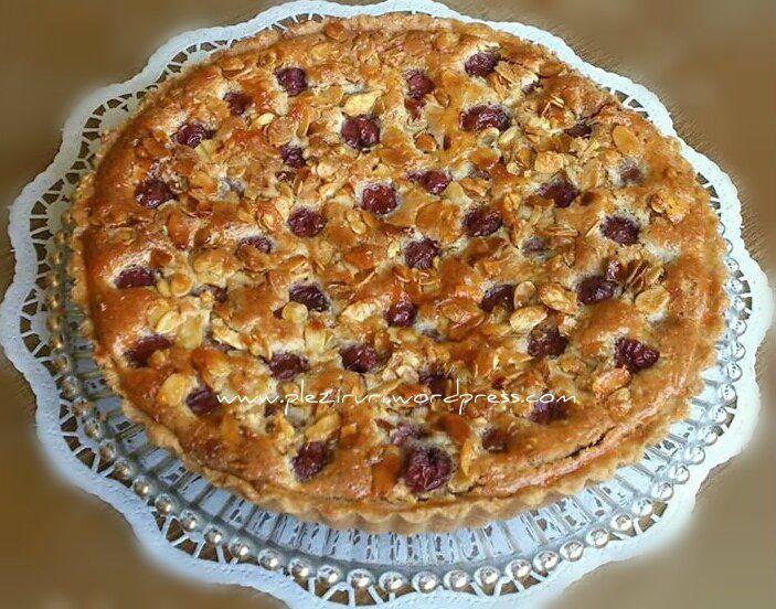 Salveaza S-ar putea sa-ti placa si:Prajitura cu dulceata de afine si migdalePrajitura-tort cu mere si migdaleParis-BrestTarta cu migdale si visineMini eclere cu crema de vanilie si glazura de ciocolata