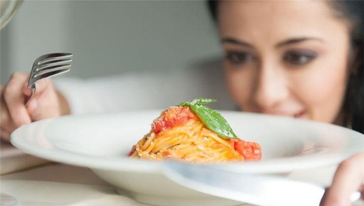 A szénhidrát minden diétázó kézikönyvében szerepel. Milyen élelmiszerekben található meg? Milyen hatással van a szervezetre, és miért nem lehet teljesen kiiktatni?