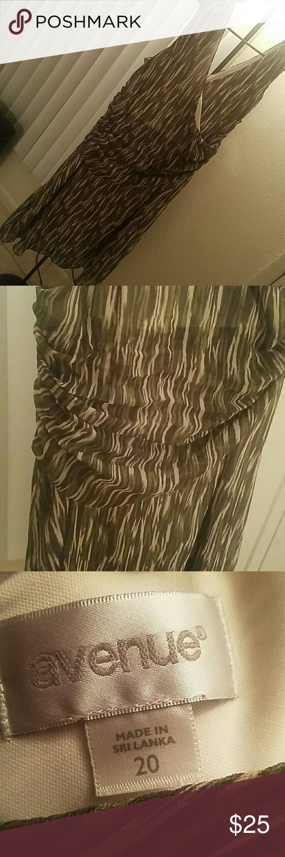 Plus Size dress Green tan and brown dress, sleeveless, rouched in the mid section. I'm 6'2 and it hangs mid knee Avenue Dresses Midi