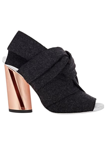 23 Amazing Heels To Start Fall Off On The Right Foot #refinery29 http://www.refinery29.com/best-fall-heels-2015#slide-8 Mules get the autumnal treatment — and they couldn't be cozier. ...