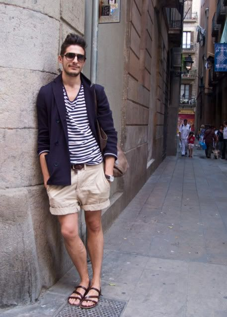Who says shorts in the summer with a nice blazer doesn't go? We don't. The Urban Gentleman | Men's Fashion Blog | Men's Grooming | Men's Style | Archive for Q Q