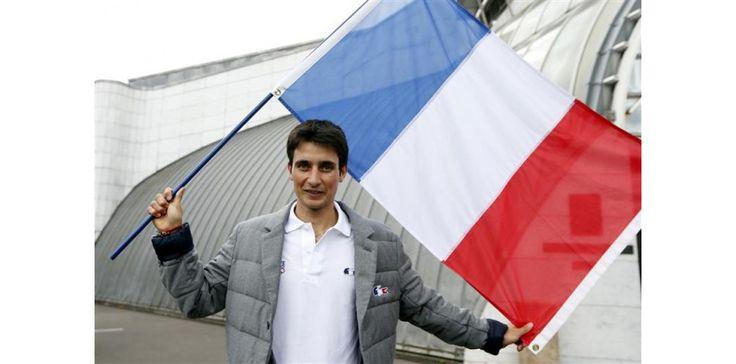Jason Lamy-Chappuis, porte-drapeau de la délégation Française à Sochi. Champion olympique en titre de combiné nordique, il sera encore l'un des favoris en Russie.