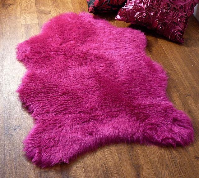 Fuschia Hot Pink Faux Fur Sheepskin Style Rug 100x70cm