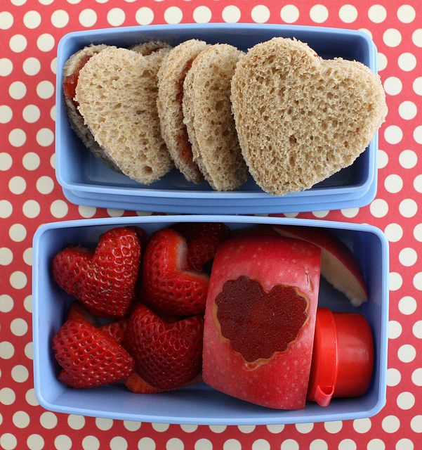 Valentine's day is coming! Pack this sweet lunch for your little one.