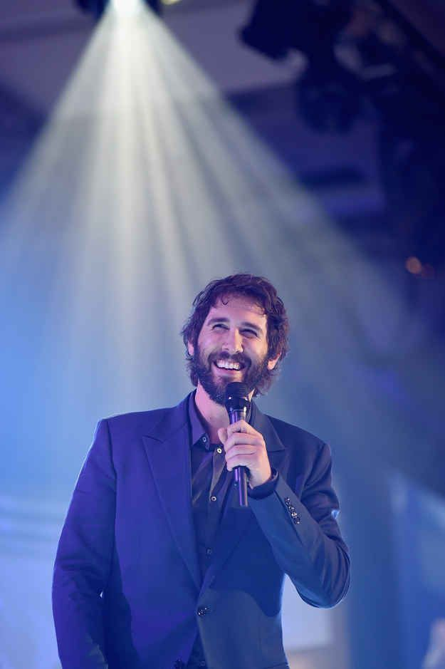 90 Thoughts On Josh Groban's New Album From A Former Super Fan