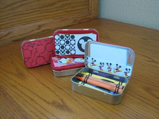 altoid tins to hold crayons and paper - would make a cute gift for kids
