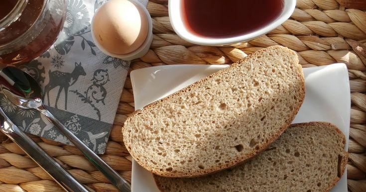 Od dětství jsem milovala místní kváskový chleba. Vždycky jsme se sestrou oříraly kůrku už cestou z obchodu a občas se stalo, ta tak čtvrtk...