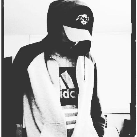 #blackandwhite #adidas #baseball #cap #kings #icehockey #la #lakings #hiphop #hiphophead #hiphoplife #rhymeslayer #poet #hood