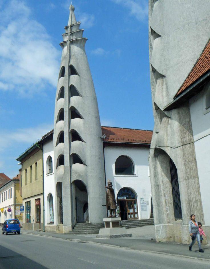 Vigadó Kulturális Központ - Designed by Imre Makovecz