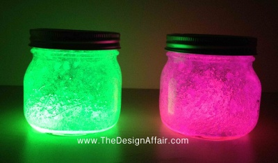 Glow Stick Night lights....this may just be the fun project with the girls for Zoey's birthday party :)