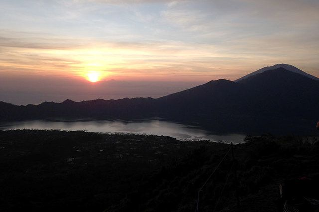 Mt. Batur Sunrise-Easy but Trodden Hiking