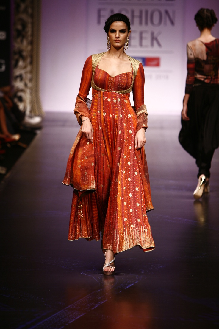 it is kind of indian, but it is so isabella style!