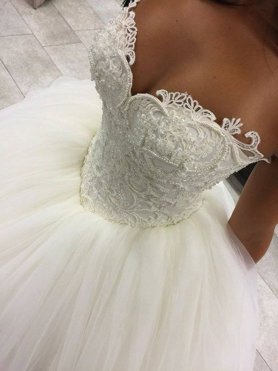 Unique Sweetheart Tulle Ball Gowns Wedding Dresses from dressydances