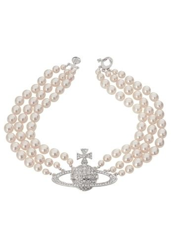 Vivienne Westwood's Three Row Bas Relief Choker - so gorgeous! Wish the pearls were real...