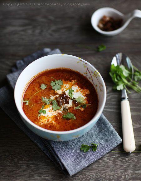 Marokańska zupa z soczewicą i cynamonem – White Plate