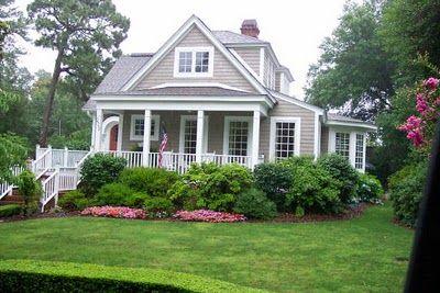 beautiful house, beautiful landscaping