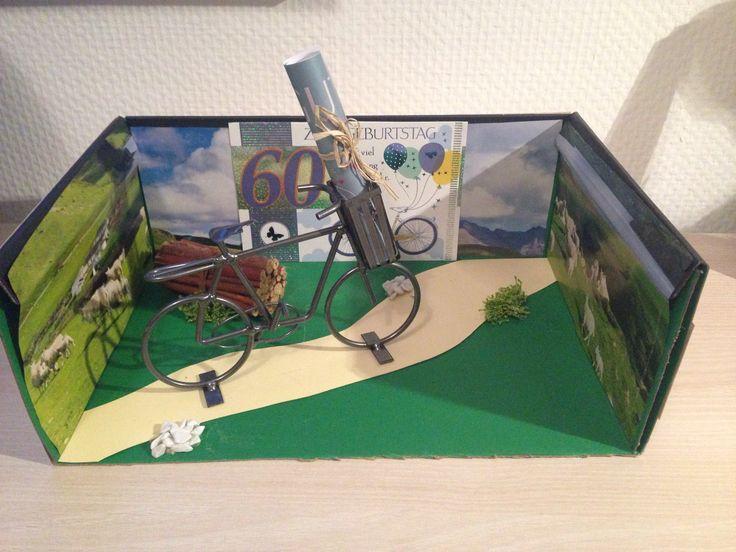 geschenk zum geburtstag fahrrad mit korb und gutschein. Black Bedroom Furniture Sets. Home Design Ideas