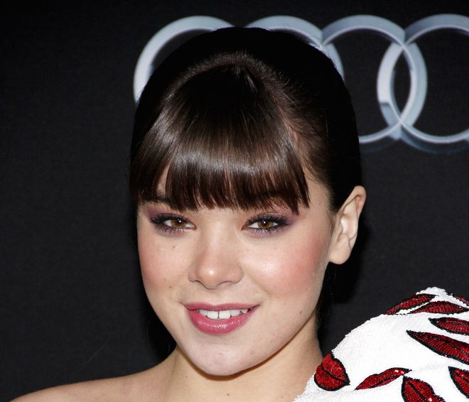 Hailee Steinfeld Set To Join The Cast Of Pitch Perfect 2 - http://celeb.im/1n2bcJI