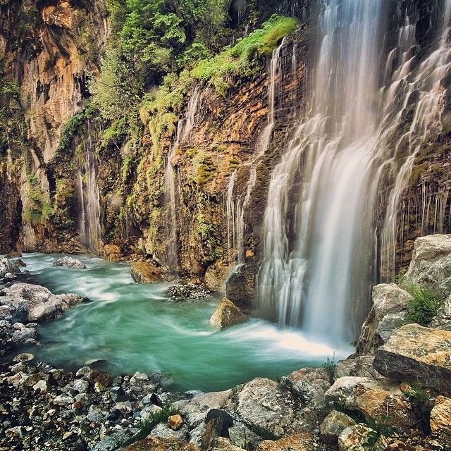 """Kapuzbaşı Waterfalls"" photo by Unggul Santosa http://instagram.com/comeseeturkey #kapuzbasi #waterfalls #yahyali #kayseri #turkey #comeseeturkey #turkiyeodalarveborsalarbirligi #theunionofchambersandcommodityexchangesofturkey #tobb #tccb"