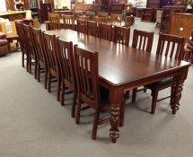 DT024 - DINING TABLE, COLONIAL STYLE