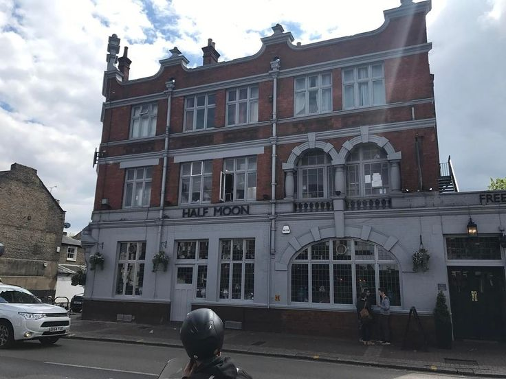 The Half Moon Pub Putney bands to have played there include @u2 @therollingstones @thewho