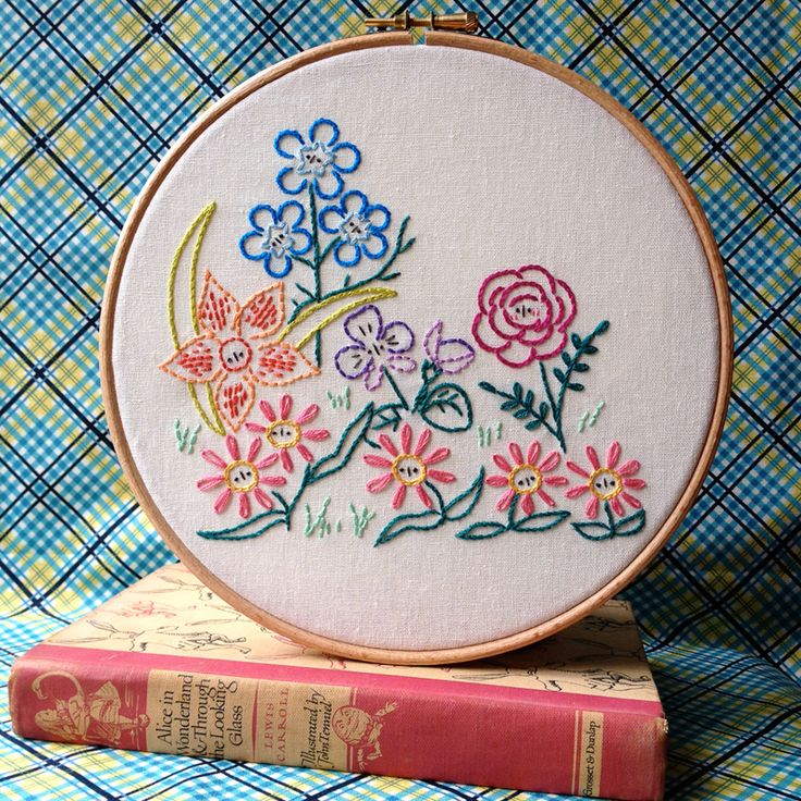 60 best hand embroidery images on pinterest embroidery stitches 15 easy hand embroidery patterns perfect for gift giving dt1010fo