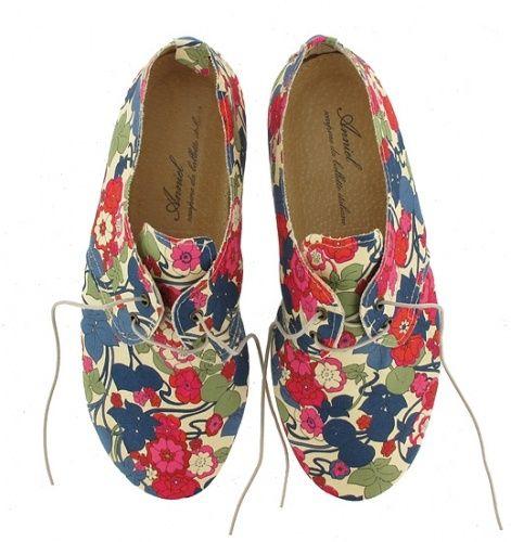 funkiee shoe.. ;)