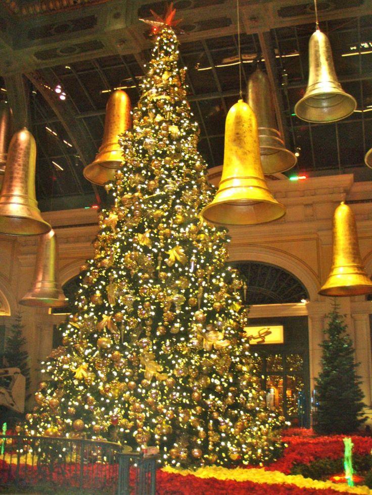 Christmas Tree Skits