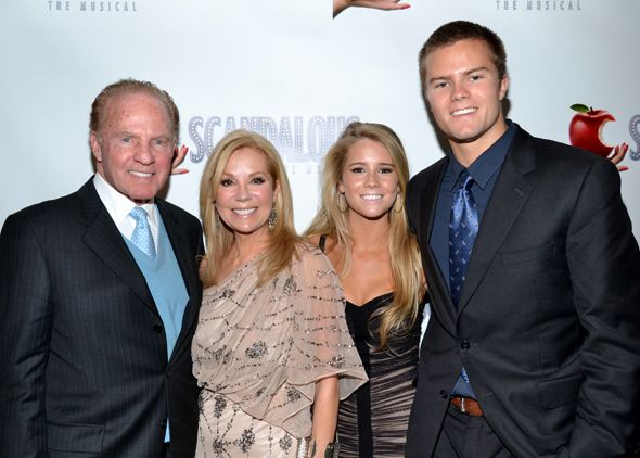 Kathie lee gifford smiles for a photo with her husband for Frank and kathie lee gifford wedding