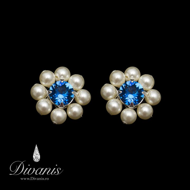 Tely Earrings with Swarovski crystals and pearls http://www.divanis.ro/cercei-tely.html