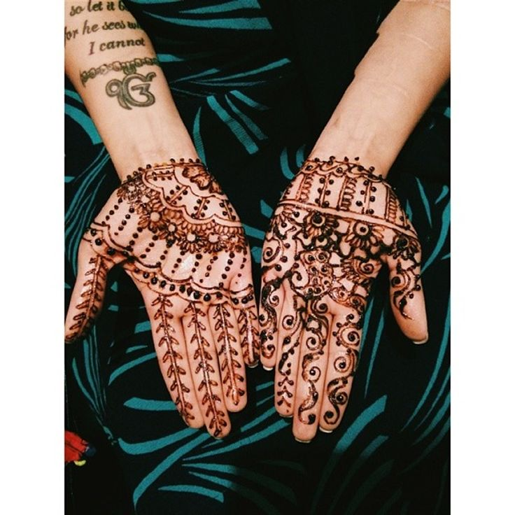 21 Henna 9 width =