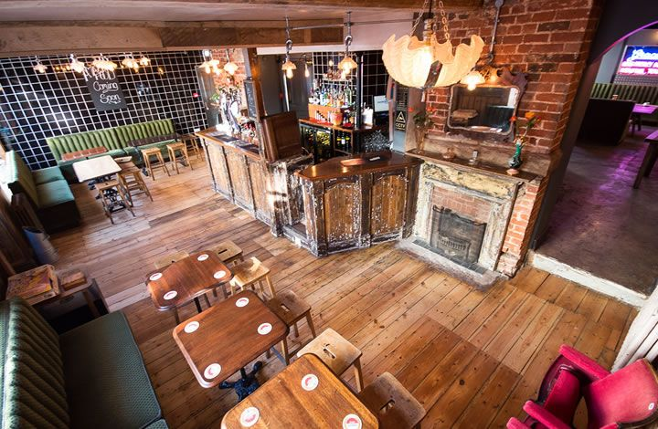 The Dog and Whistle Pub | Perfectly placed in the former Ram Inn, the Dog and Whistle Pub and Bed & Breakfast brings it's Eat, drink, sleep ethos to Hertford Town.