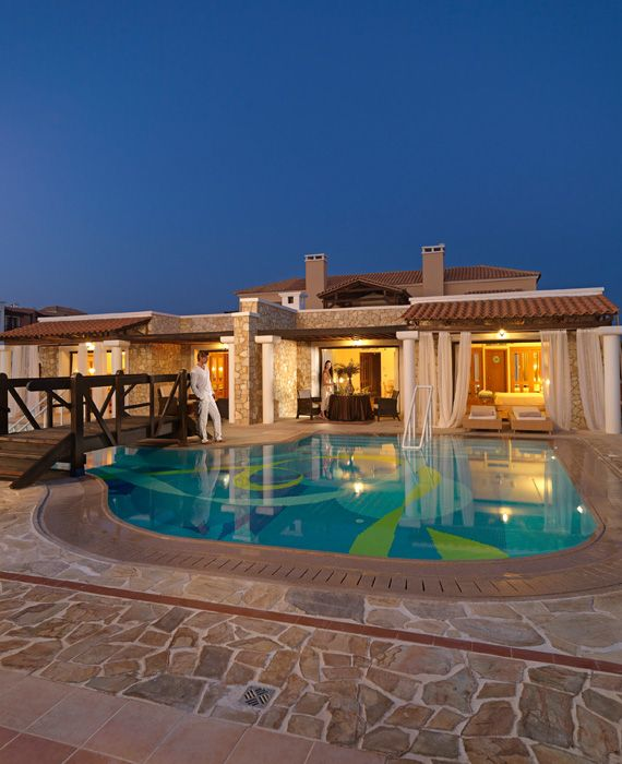 Luxurious Villas meeting your highest requirements!