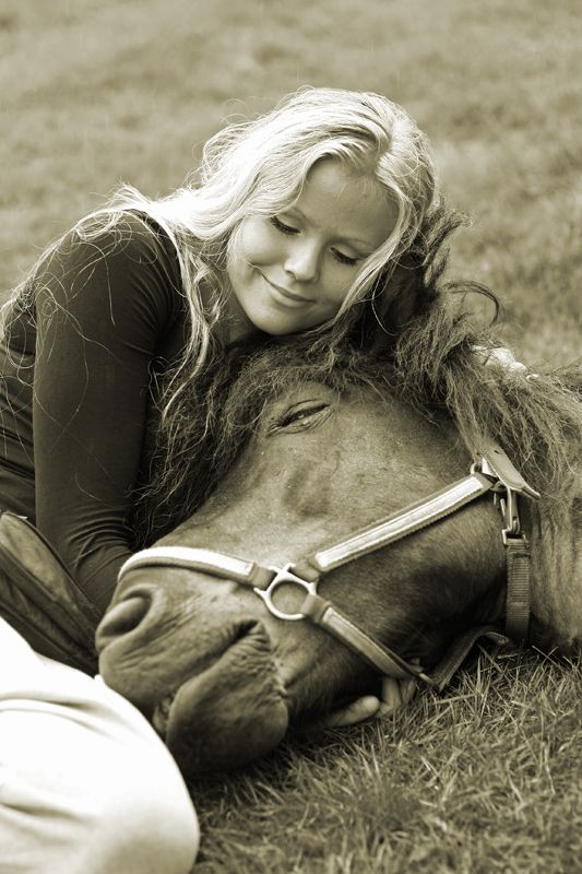 ♥the love between a girl and her horse.... there's nothing like it.