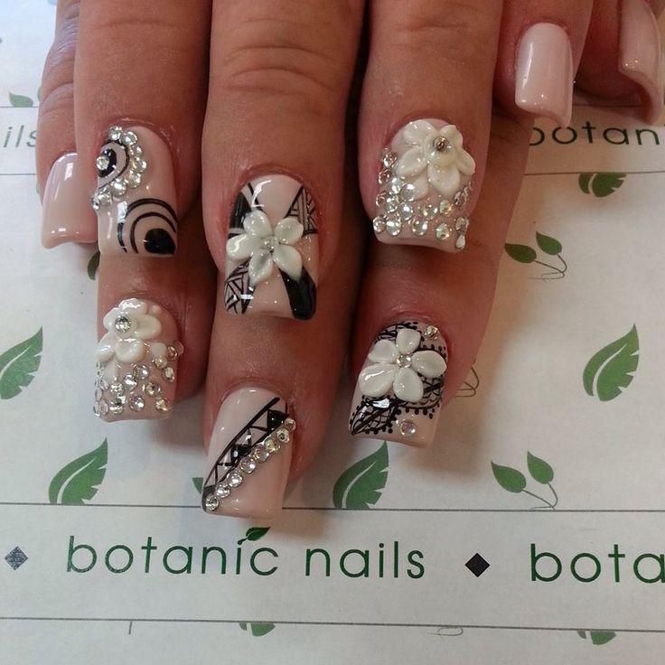 diseños de uñas para tu boda