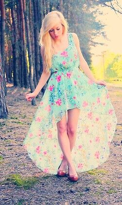 love that floral dress love love love but my mom won't let me buy any more of high lows this summer because I have 4