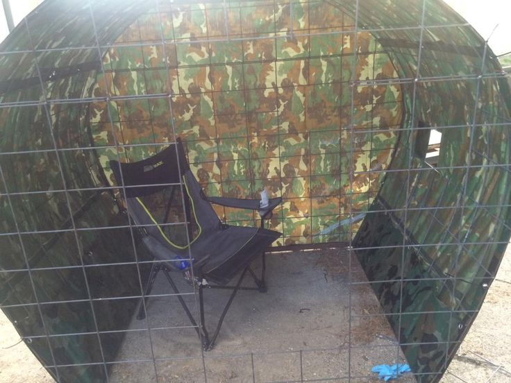 17 best ideas about hunting ground blinds on pinterest for Inside deer blind ideas