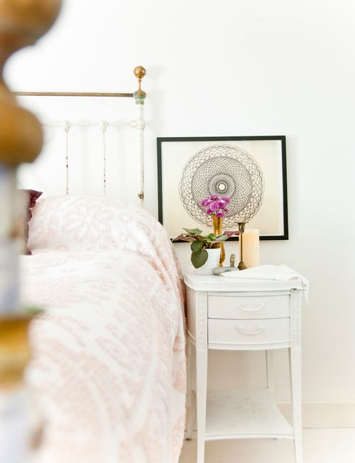 gorgeousArt Placements, Mandalas Art, Design Sponge, White Bedrooms, End Tables, Beds Frames, Bedside Tables, Beautiful Prints, Bedrooms Side
